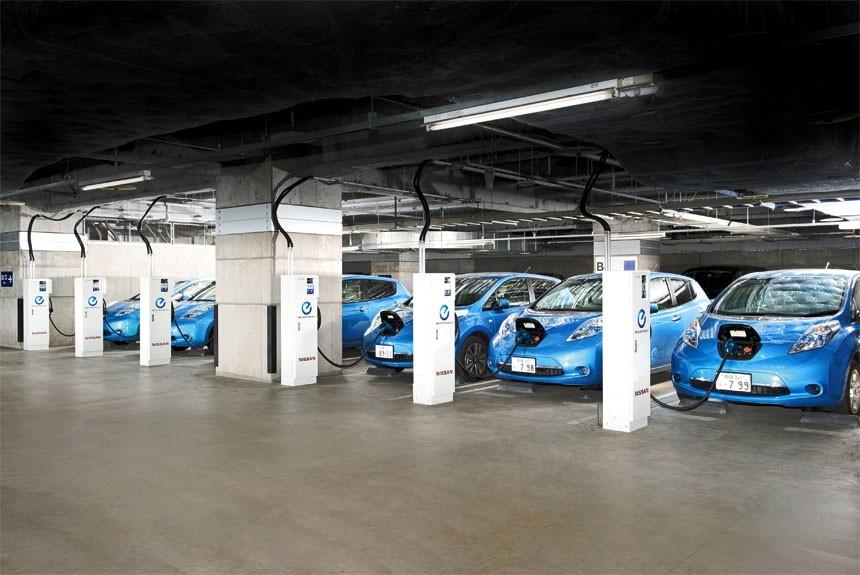 Как заработать с помощью электромобиля Nissan, не проехав ни единого лишнего километра?