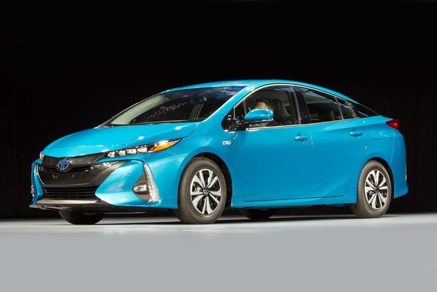 Новый Toyota Prius 2016: фото, цена, характеристики, видео ...