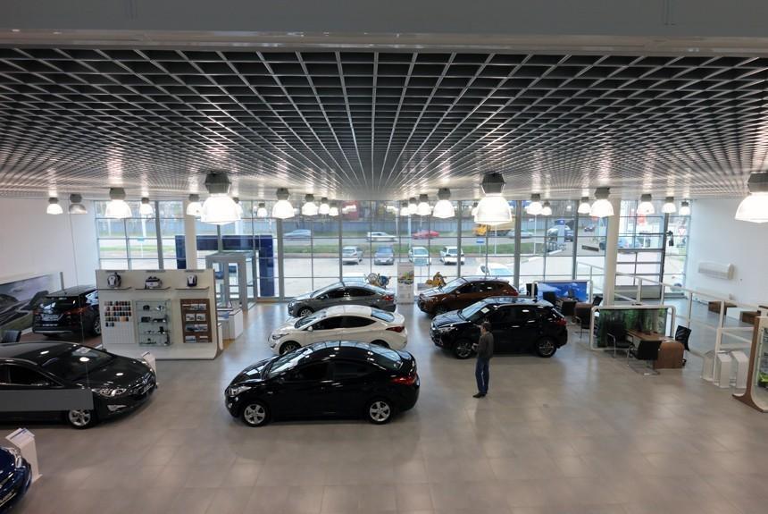 Специалисты прогнозируют рост продаж новых машин в этом 2017-ом году