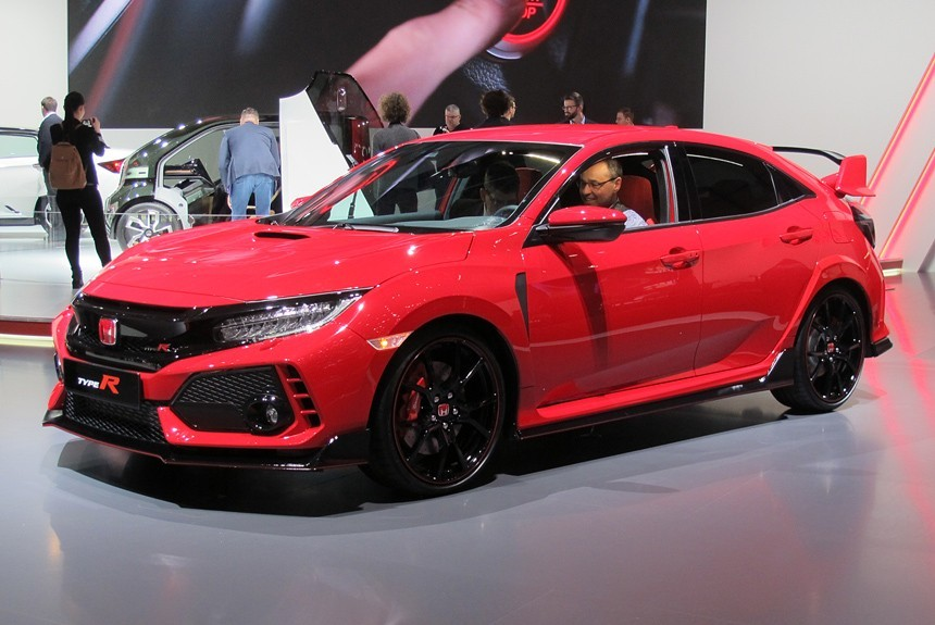 «Горячая» Honda Civic Type R предстала в серийном виде