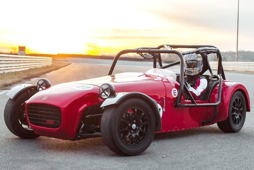 Российская компания начала продажи спорткара с вазовским мотором по мотивам Lotus 7