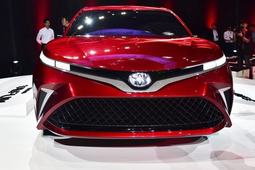 Toyota Fun Concept намекнула насерийную Камри нового поколения