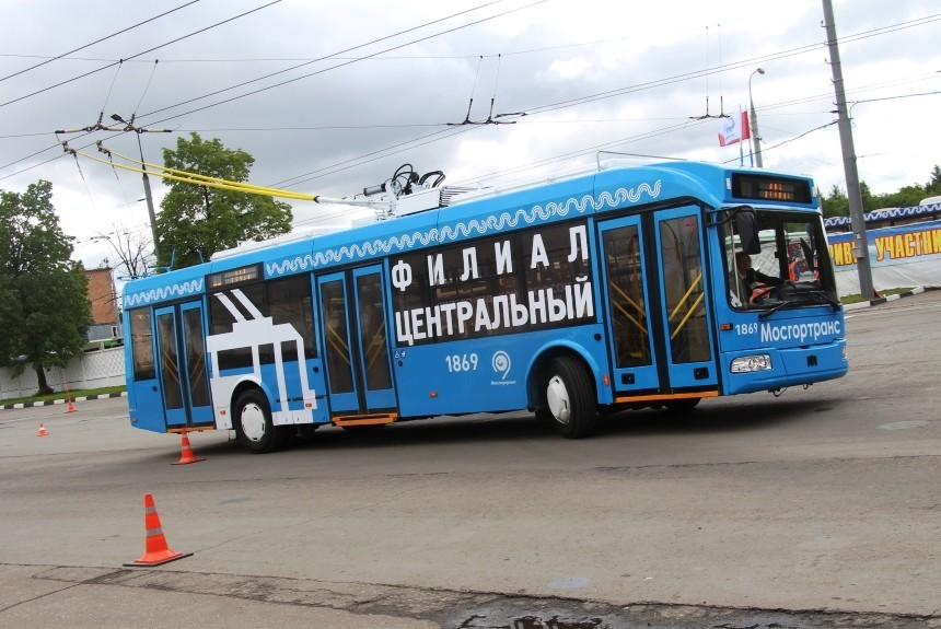 Для смоленских водителей трамваев итроллейбусов проведут состязание
