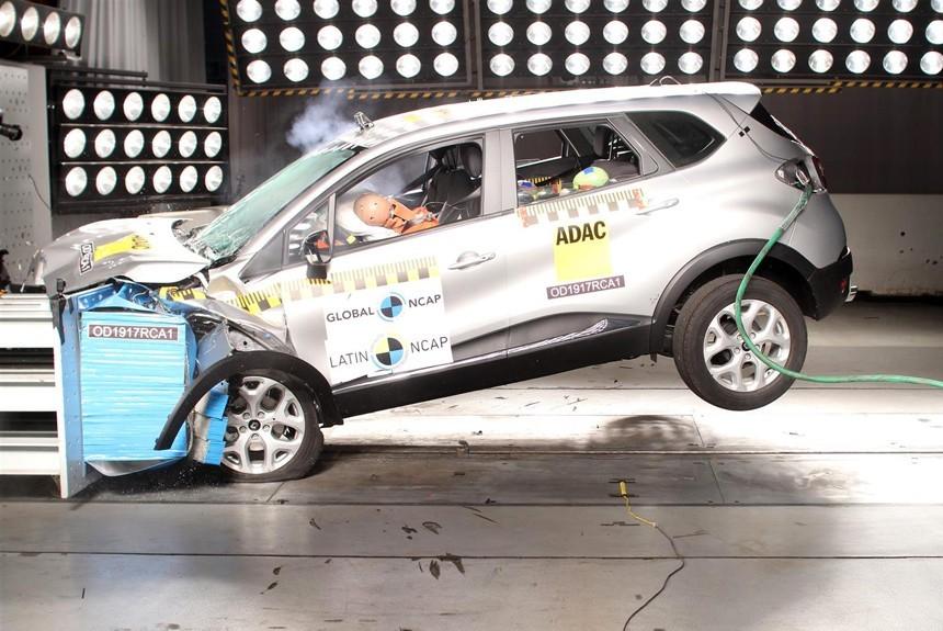 Аналог российского кроссовера Renault Kaptur: первый краш-тест