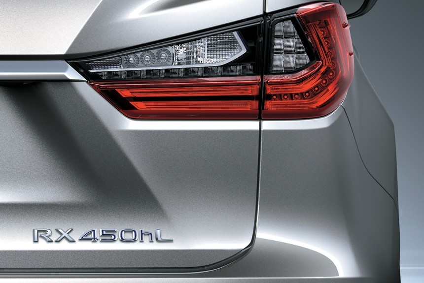 Официально семиместный Lexus RX L покажут в Лос-Анджелесе