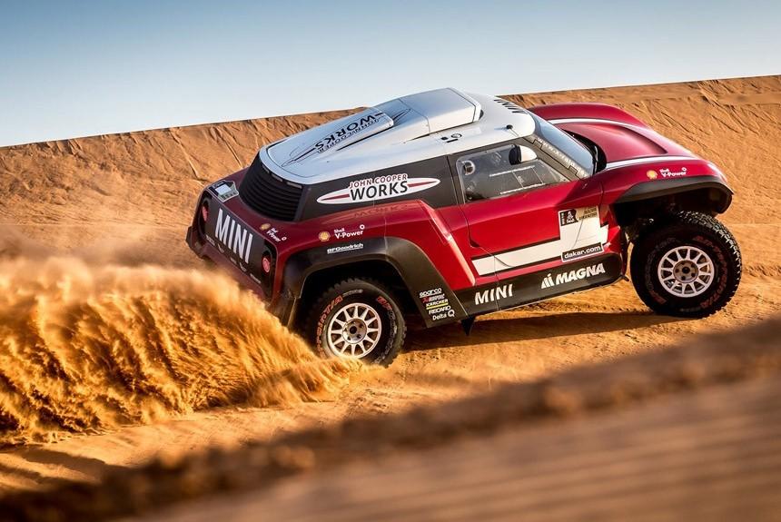 По следам Peugeot. Команда Х-raid выставит на Дакар не только внедорожники, но и багги!