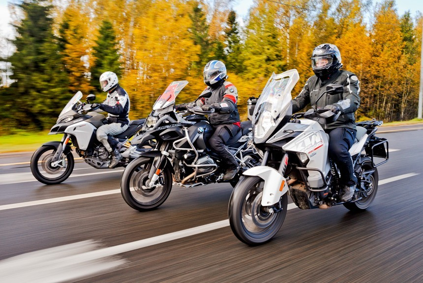 BMW R 1200 GS Adventure, KTM 1290 Super Adventure T или Ducati Multistrada 1200 Enduro?