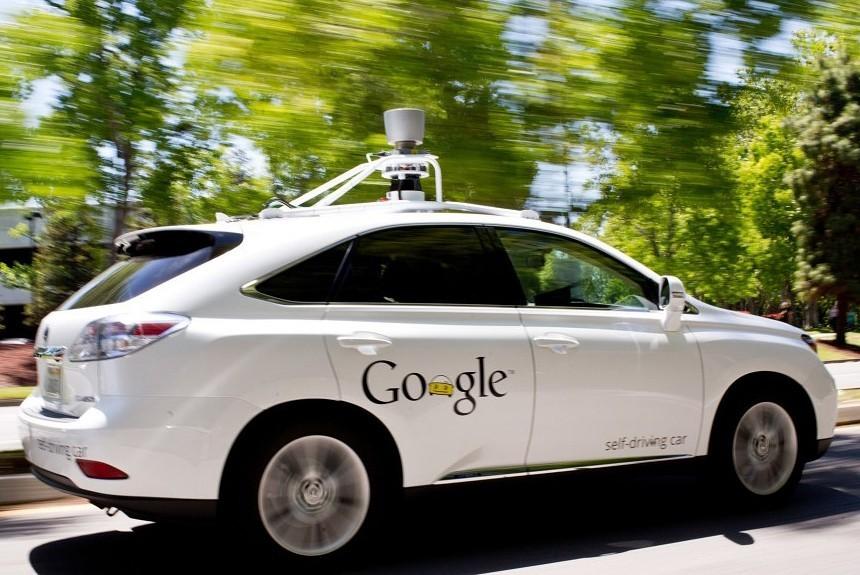 ВКалифорнии разрешили тестировать беспилотные автомобили без водителя