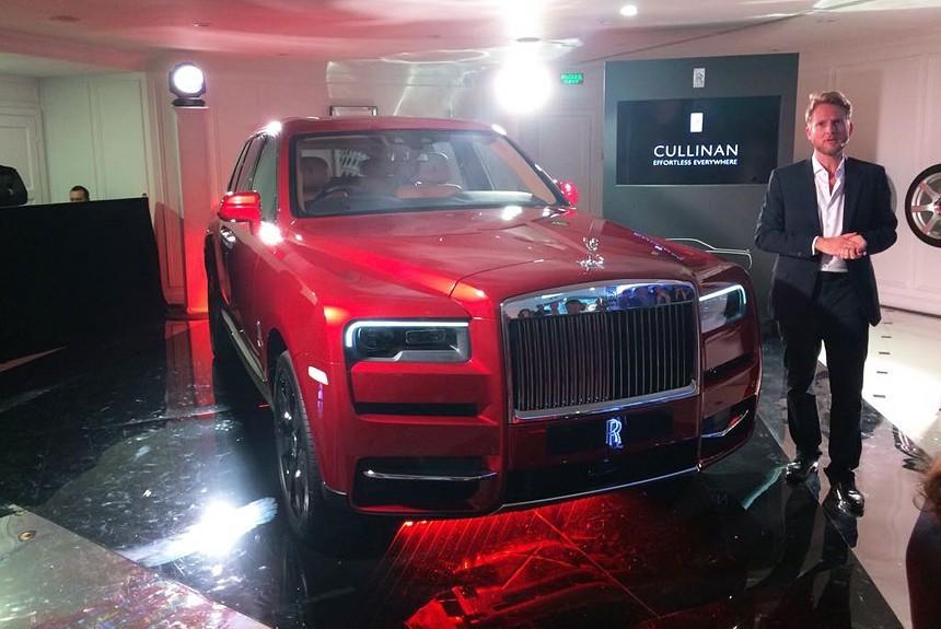 Кроссовер Rolls-Royce Cullinan заехал в Россию: известна цена