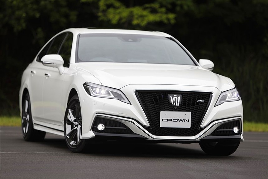 Новый седан Toyota Crown: серийная версия