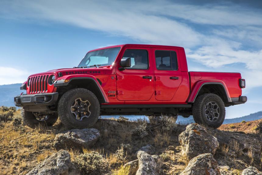 Jeep Gladiator: 1-ый пикап сдвухрядной кабиной вистории марки