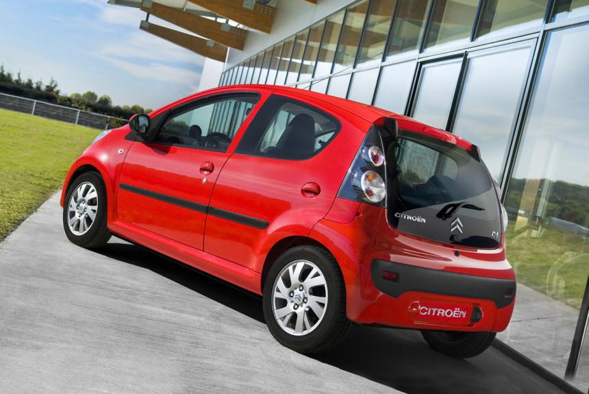 В России отзывают 10 тысяч автомобилей Peugeot и Citroen