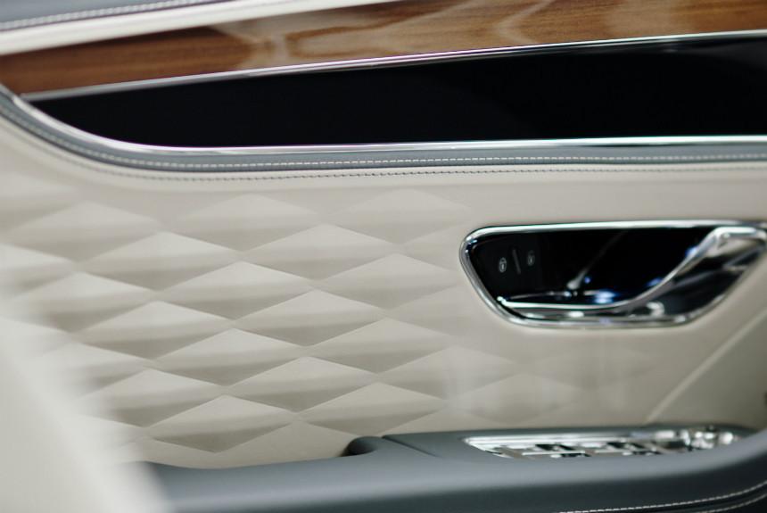 Дайджест дня: тизер Bentley Flying Spur, нано-Bolt и другие события автоиндустрии