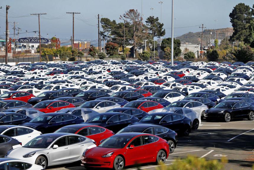 Tesla отчиталась о рекордных продажах