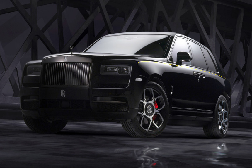 Представлен самый мощный Rolls Royce Cullinan Black Badge