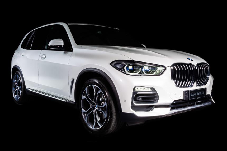 Дайджест дня: BMW X5 вне времени, статистика Эры и другие события индустрии
