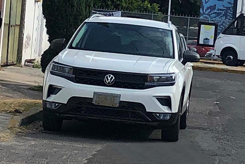 Кроссовер Volkswagen Tarek засветился без камуфляжа