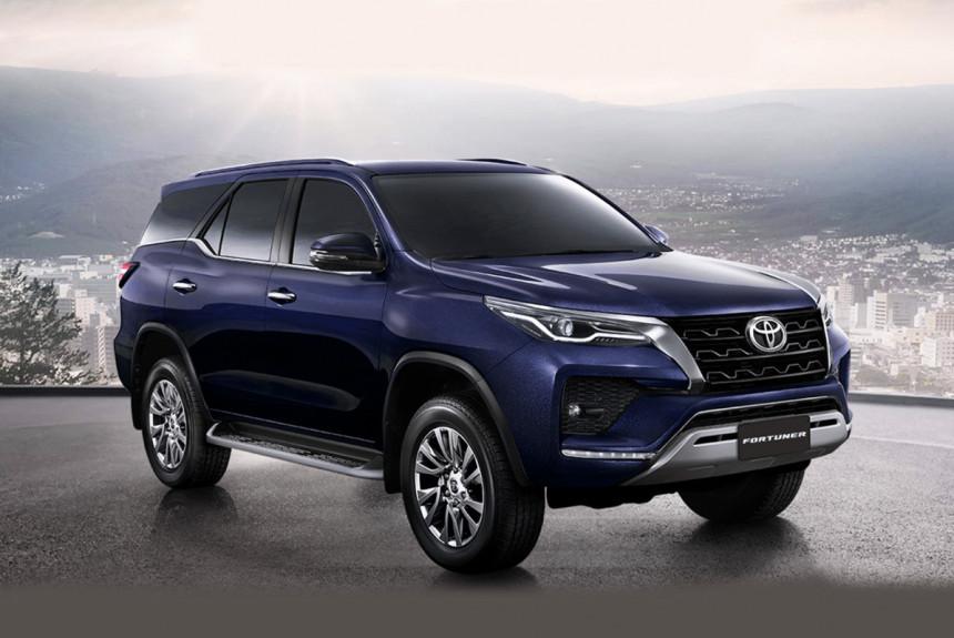 Представлен обновленный внедорожник Toyota Fortuner