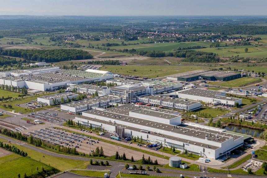 Daimler выставил на продажу завод, выпускающий Смарты