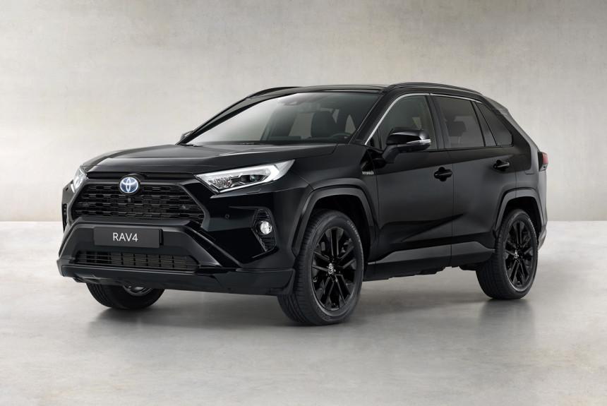 Версия Black Edition: теперь и Toyota RAV4