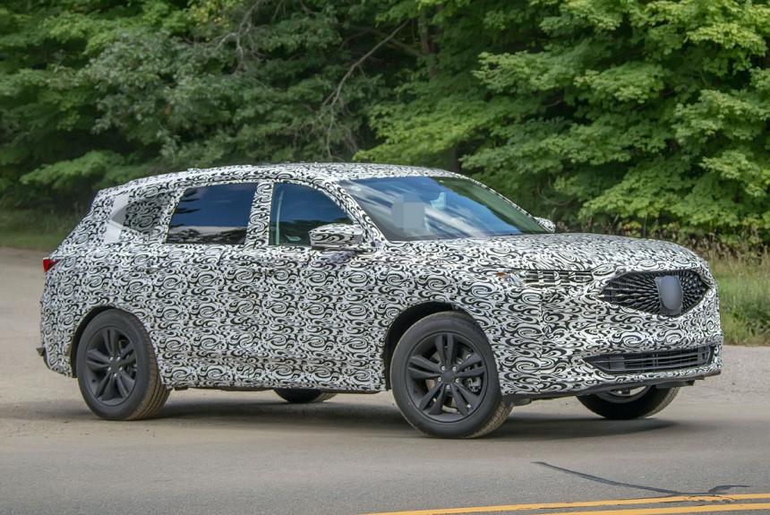 Кроссовер Acura MDX следующего поколения: фото в камуфляже