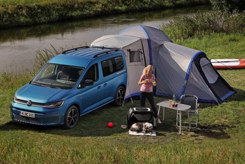 Volkswagen Caddy California: младшая модель в семействе кемперов