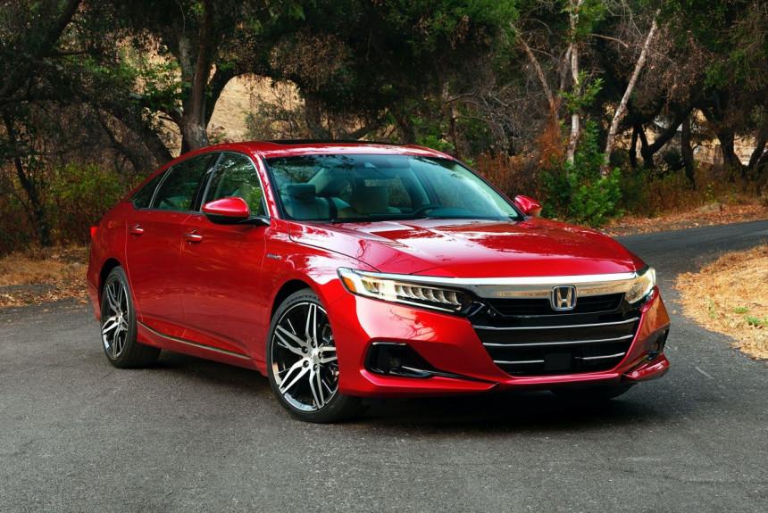 Обновленный седан Honda Accord дебютировал в Америке