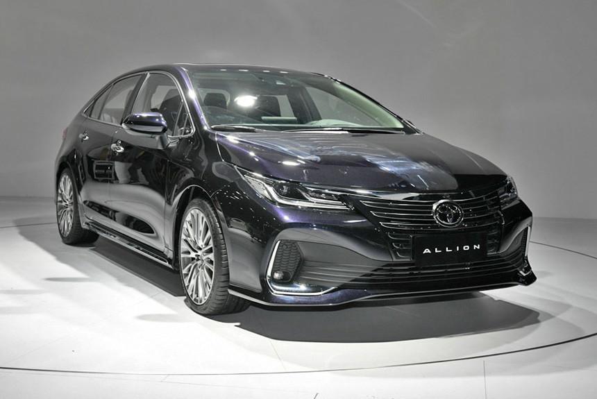 Новый седан Toyota Allion, или Самая престижная Corolla