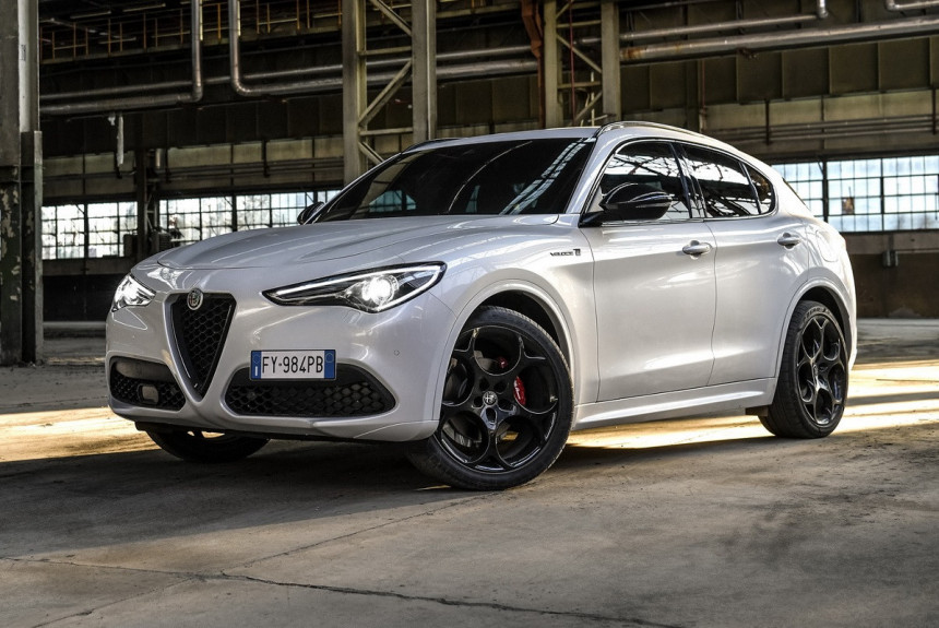Article 171336 860 575 - Alfa Romeo Stelvio Veloce Ti примерил образ топ-версии Quadrifoglio