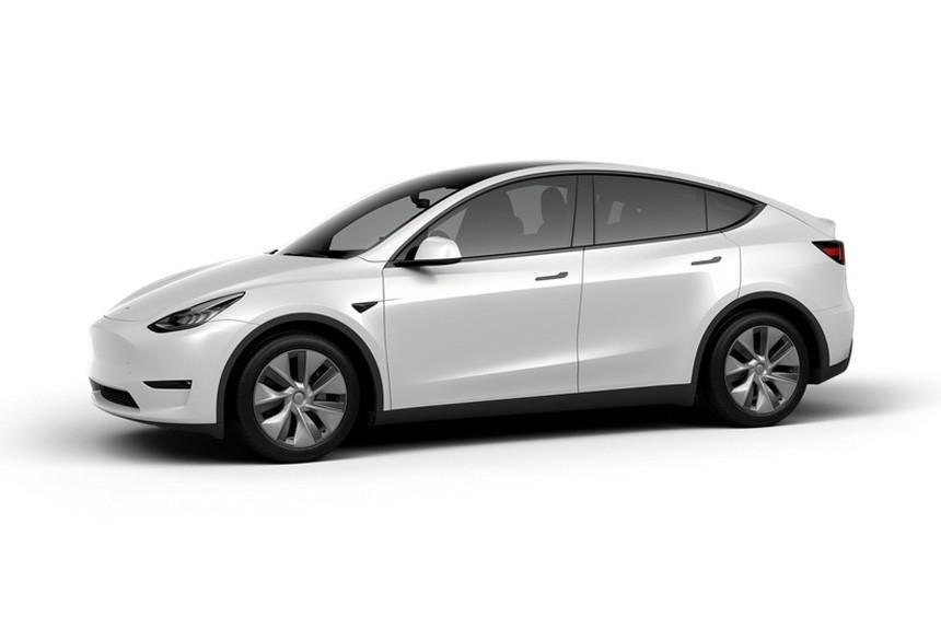 Паркетник Tesla Model Y: базовая версия и успех в Китае