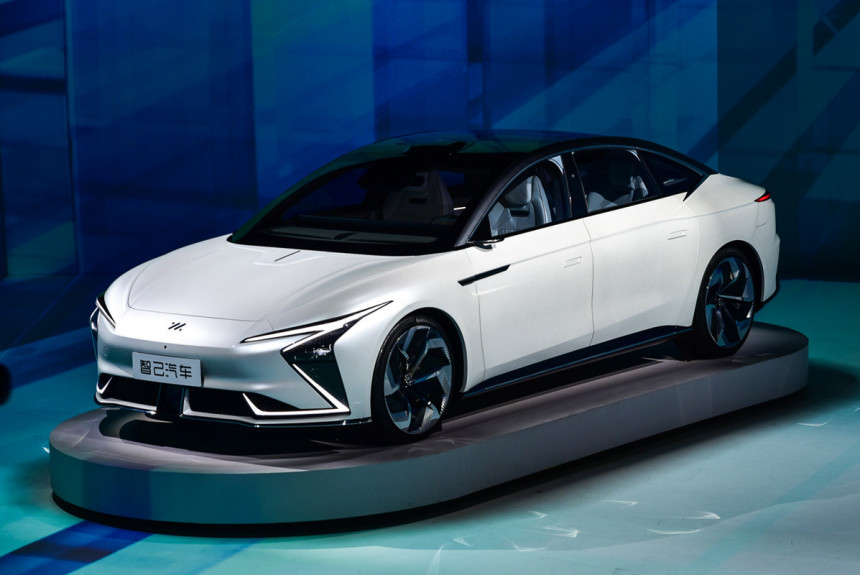 Article 171496 860 575 - Концерн SAIC представил электромобили под новой маркой IM