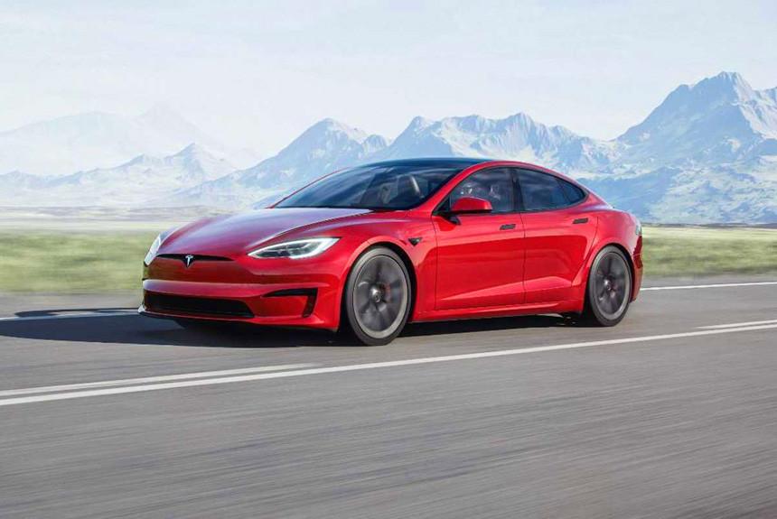 Обновленные Tesla Model S и Model X: три мотора и штурвал вместо руля