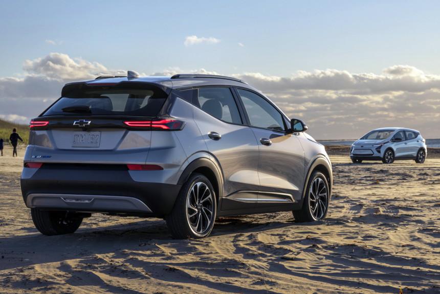 Двойной дебют: обновленный Chevrolet Bolt EV и паркетник Bolt EUV