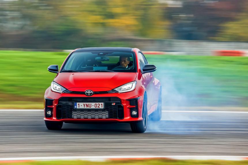 Ластик: как Toyota GR Yaris стирает скуку