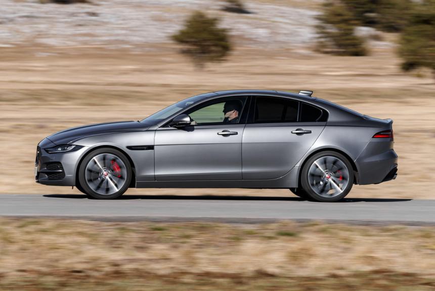Седан Jaguar XE ушел с российского рынка