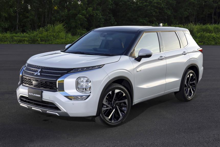 Новый гибрид Mitsubishi Outlander PHEV готов к дебюту