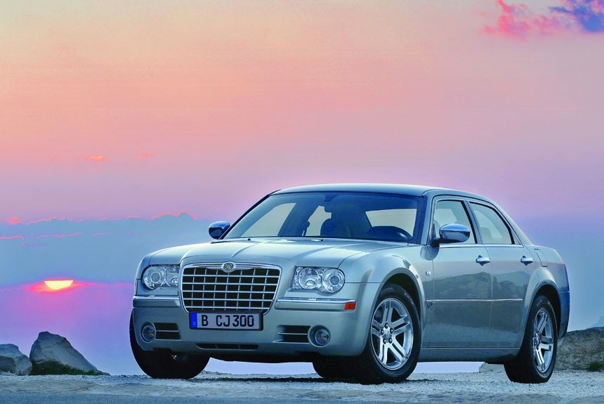 Первый тест заднеприводного седана Chrysler 300C
