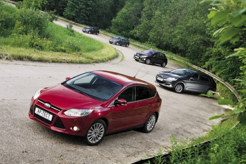 Что лучше — Citroen C4, Peugeot 308, Volkswagen Golf, Ford Focus или Toyota Auris?