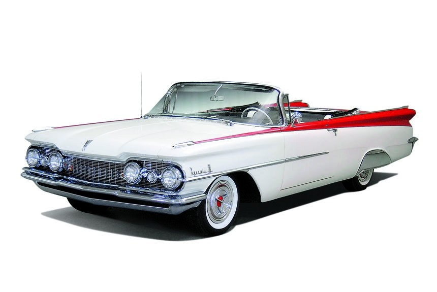 Динамик: Oldsmobile Dynamic 88 Convertible 1959 года