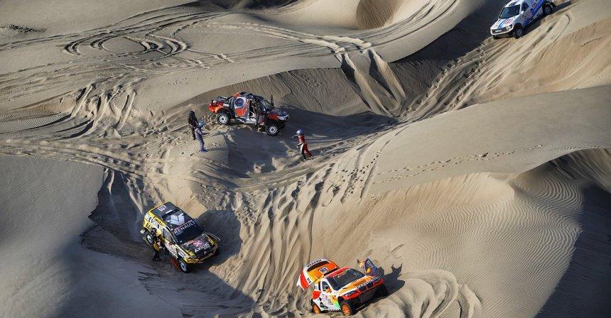 2018_Dakar_D5_dunes.jpg