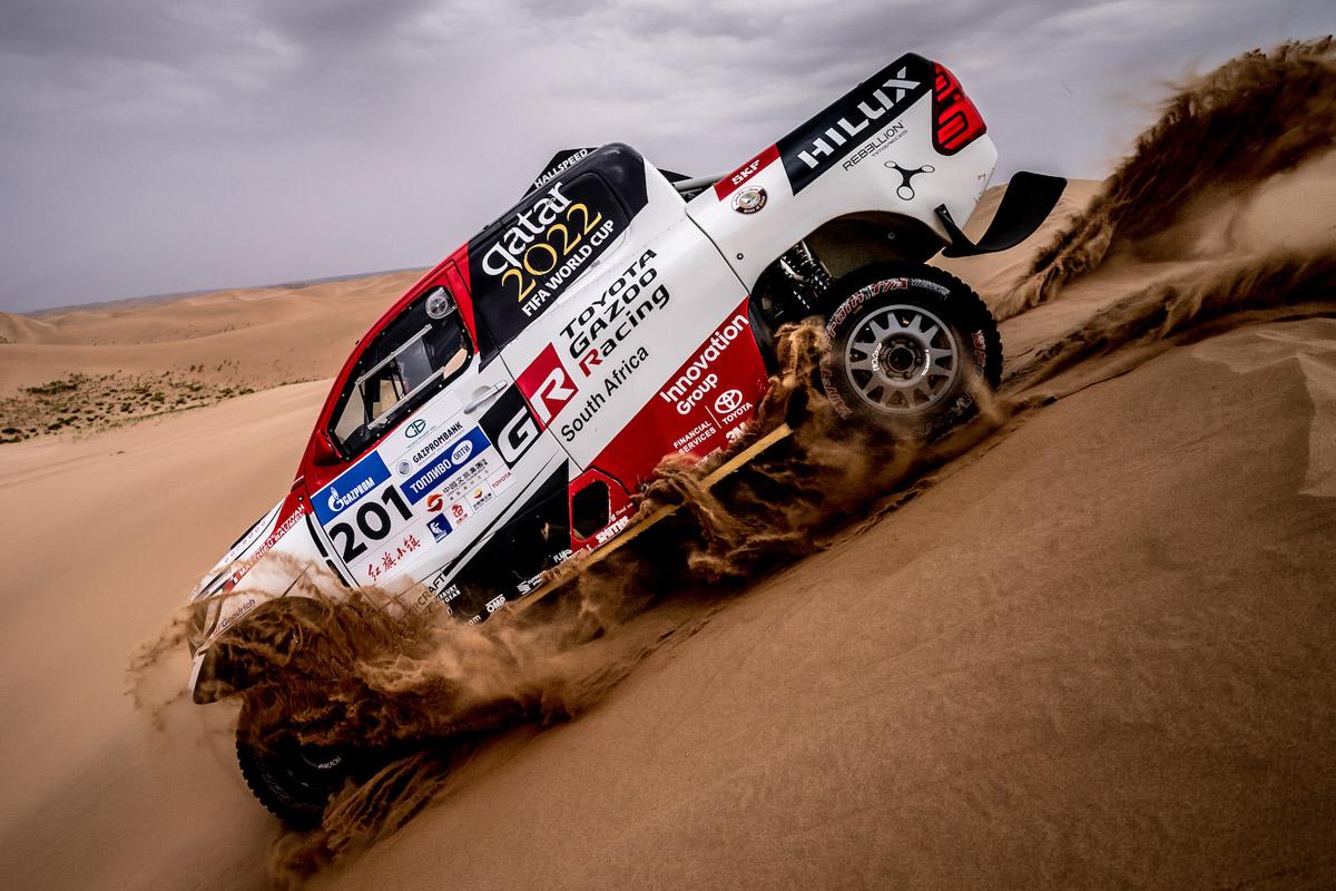 Сбылась заветная мечта Насера Аль-Аттийи и Матье Бомеля: после нескольких неудач они наконец-то выиграли Silk Way Rally