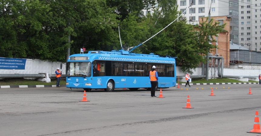 ВСмоленске состоятся состязания водителей трамваев итроллейбусов