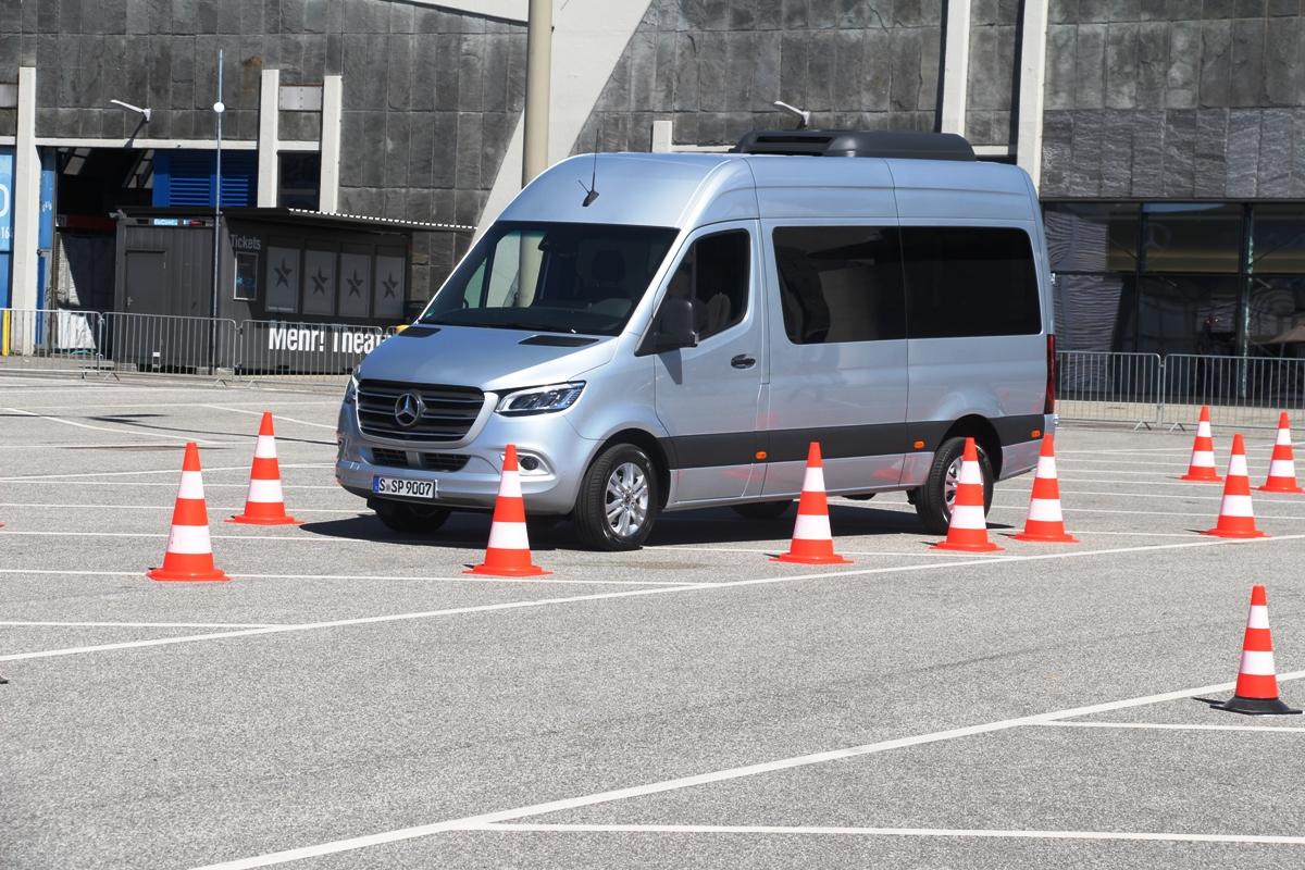 Новый Mercedes-Benz Sprinter стал доступен спередним приводом вРоссии