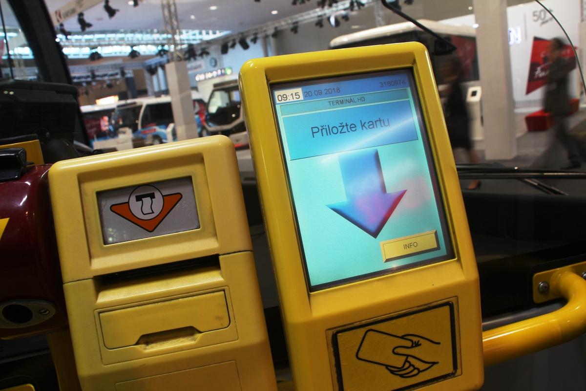 Czech validator for transport cards