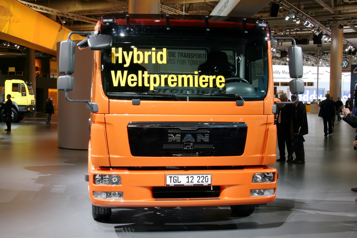 At the exhibition in Hannover 2008, the hybrids were at almost every stand
