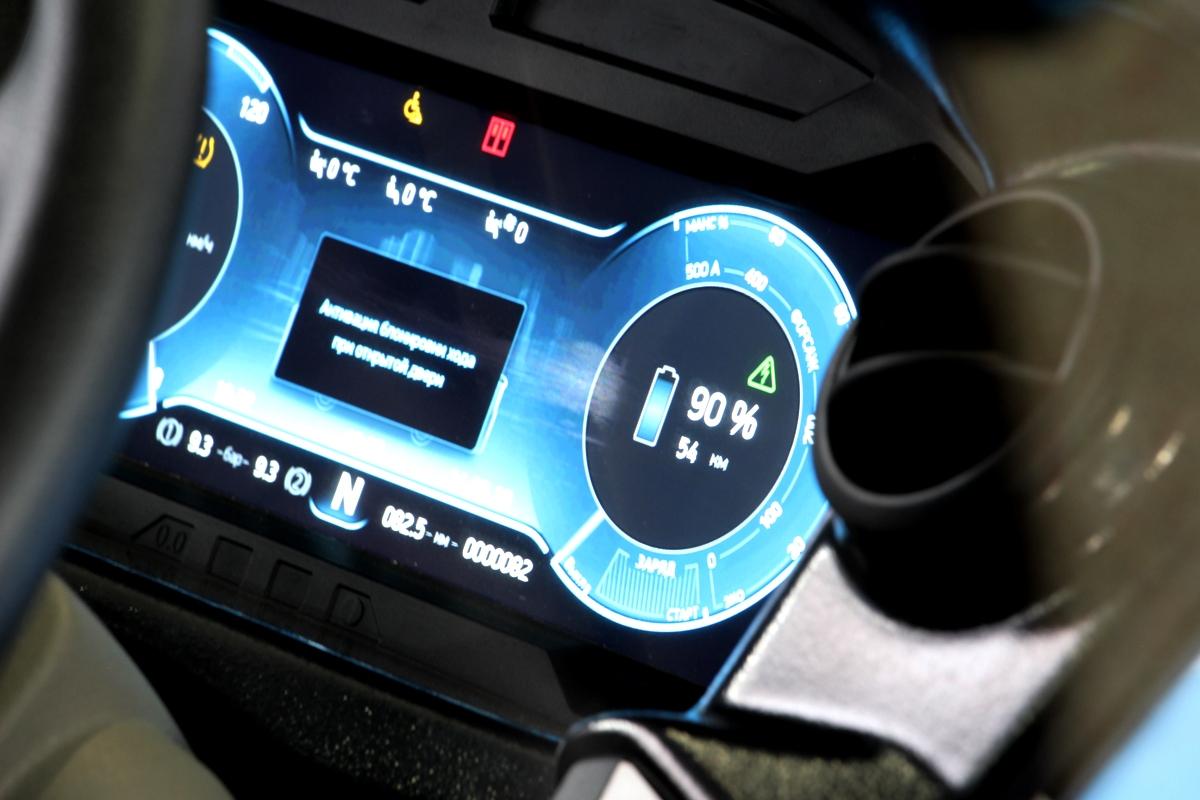 Батареи выставочного электробуса заряжены на 90% — этого должно хватить на 54 км