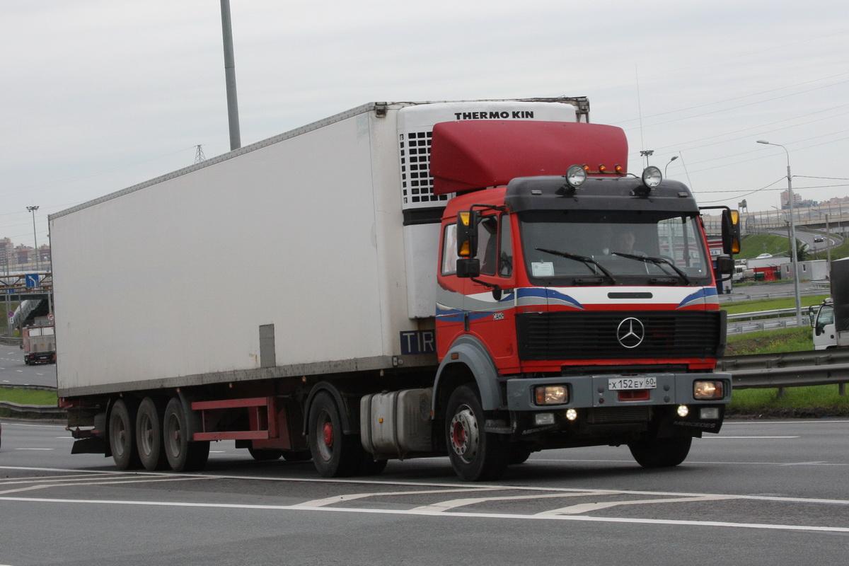 Немецкие конкуренты — MAN F8 и Mercedes SK