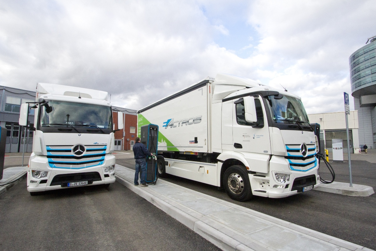 """Mercedes eActros trucks at the """"electric filling station"""" at the headquarters in Stuttgart"""