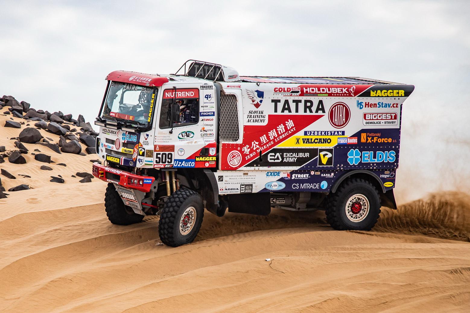 Интересно, увидим ли мы в этом году европейские грузовики на «Шелковом пути»