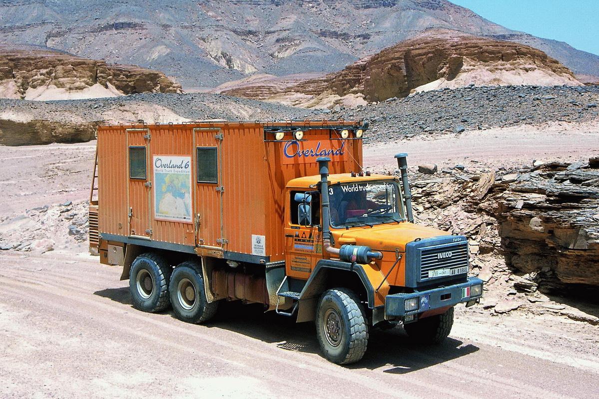 Полноприводные кемперы строили в разных странах на грузовых шасси всех классов